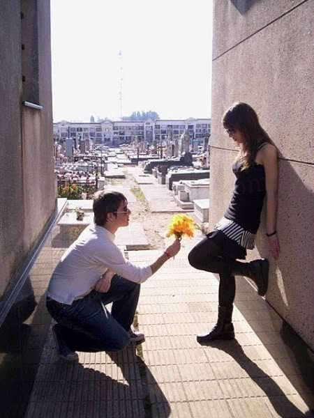 Guy Proposing A Girl Desicomments
