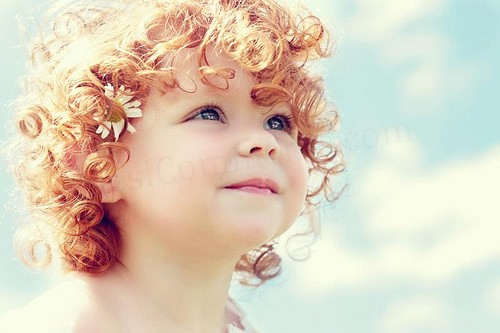 Baby with curly hair - DesiComments.com