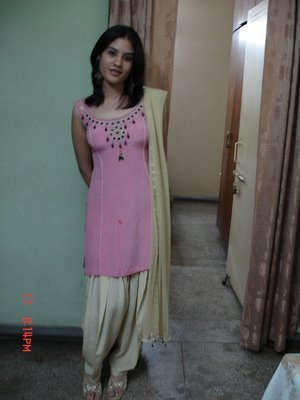 Desi beautiful punjabi girl with hairy pits fucked by lover - 2 6