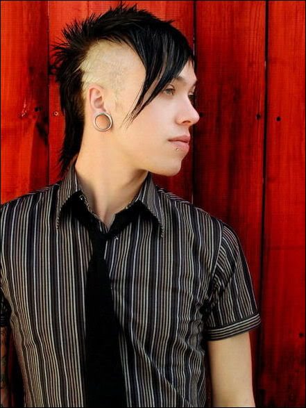 Emo Boy Hairstyle Desicomments Com
