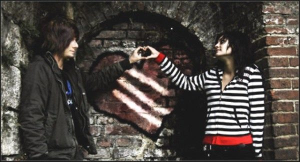 Emo lovers image