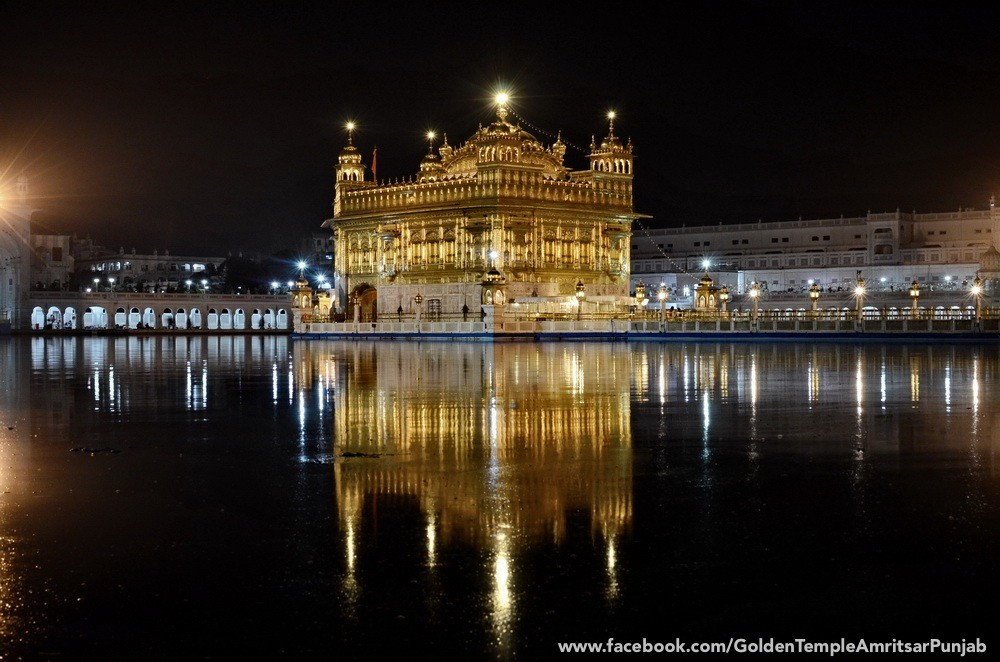 Golden Temple At Night Desicomments Com