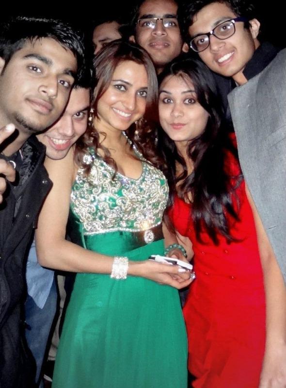 Dhriti Saharan With Fans