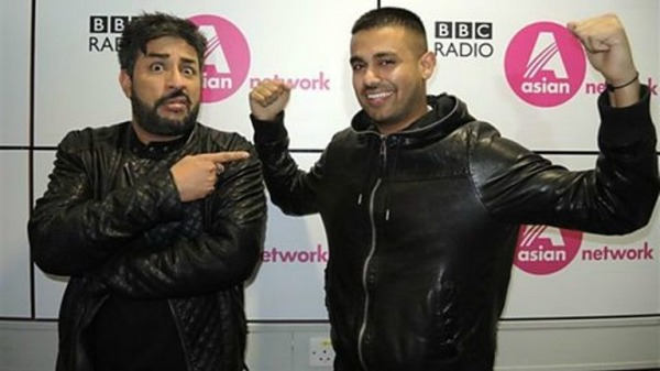 Jaz Dhami On Right side in Black Jacket