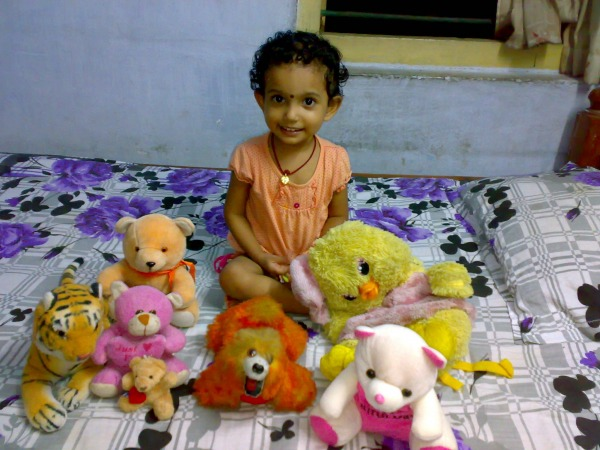 Chhutki with dolls