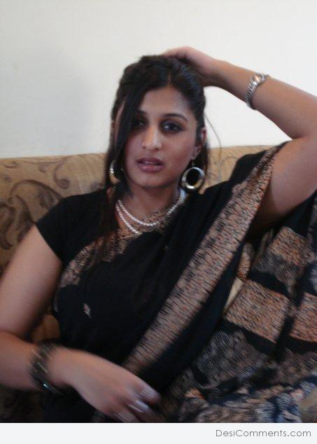 Desi beautiful punjabi girl with hairy pits fucked by lover - 1 5