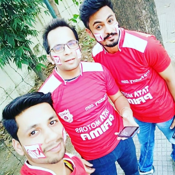 Picture: Ajay Chaudhary Taking Selfie With His Friends