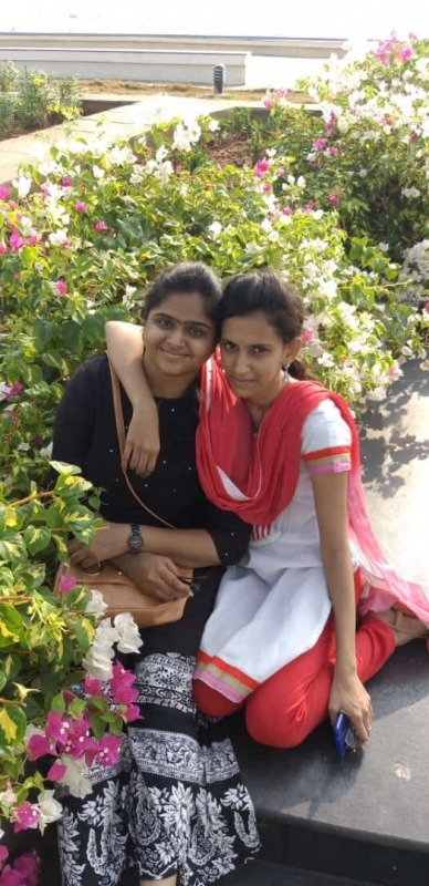 Rekha With Her Friend