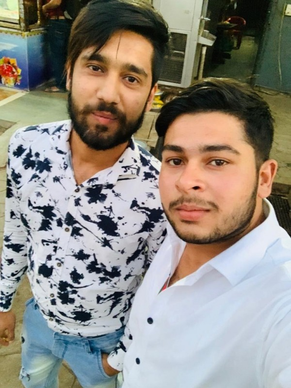 Danish Khan Taking Selfie With His Friend