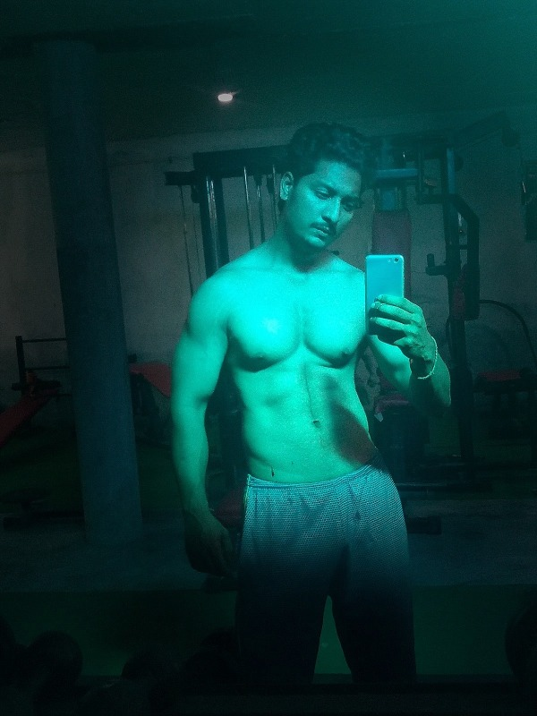 Paramjit Singh Sidhu Taking Mirror Selfie
