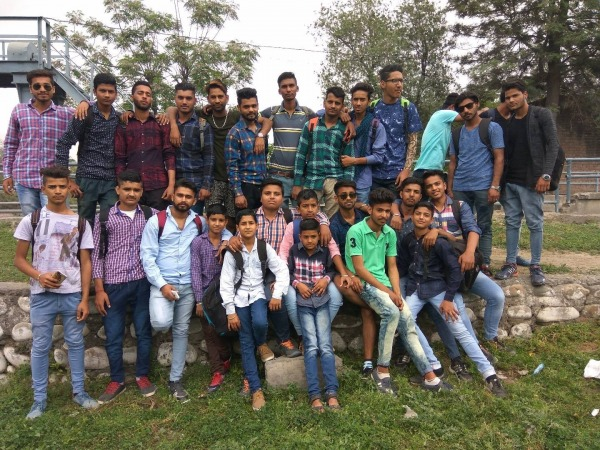 Picture Of Mukesh Shehar Channi With His Friends