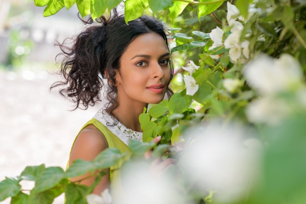 Picture Of Bidita Bag In Green Dress