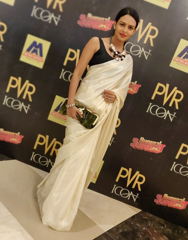 Picture: Picture Of Bidita Bag In White Saree
