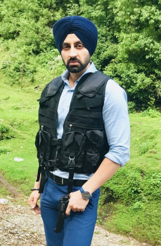 Picture: Sikh Actor Simarjeet Singh Nagra on Shoot