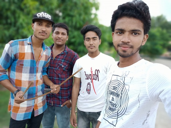 Picture: Rajput Praveen Agnivanshi Taking Selfie With His Friends
