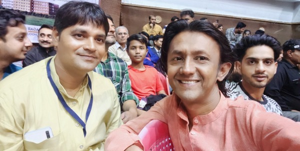 Photo Of Javed Shah Khajrana With His Friend