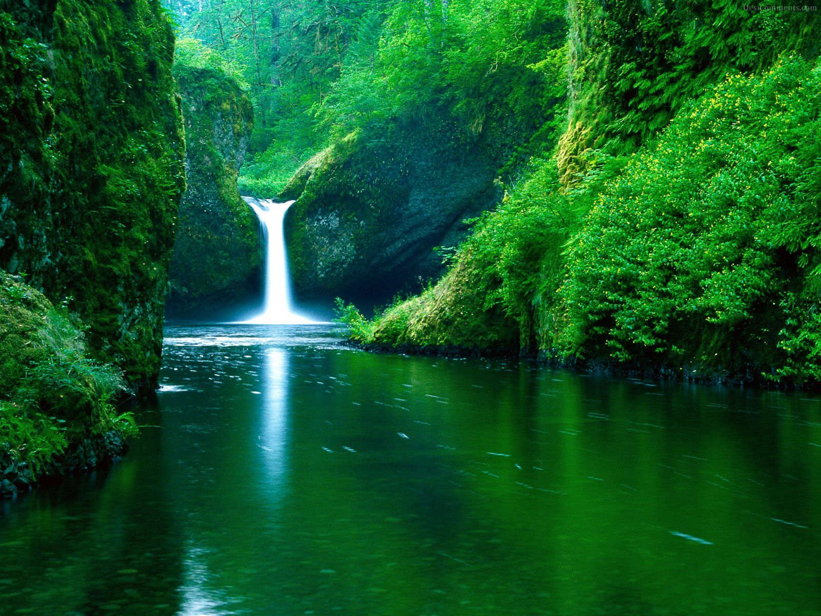 Waterfall wallpapers page 7
