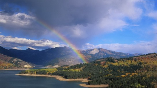 Montains Rainbow Image