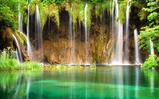 Wonderful Waterfall Picture