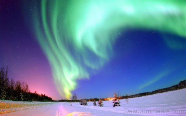 An aurora is a natural phenomenon Wallpaper-DESI1231