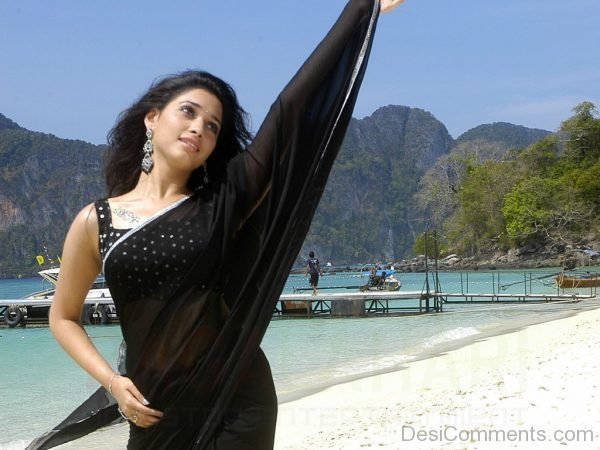 Tamanna In Black Saree-DC10