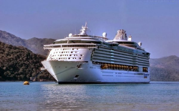 Adventure of the Seas Cruise Ship Picture