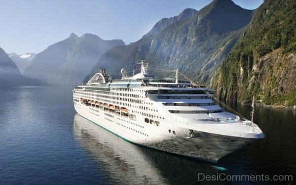 Cruise Ship Wallpaper