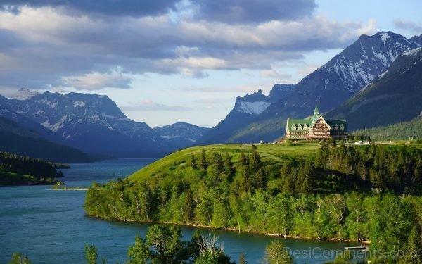 Prince of wales hotel waterton lake waterton lakes national park alberta canada