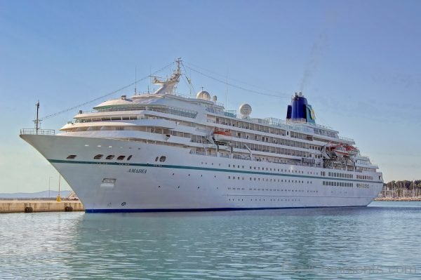 Wallpaper Of Amadea Cruise Ship