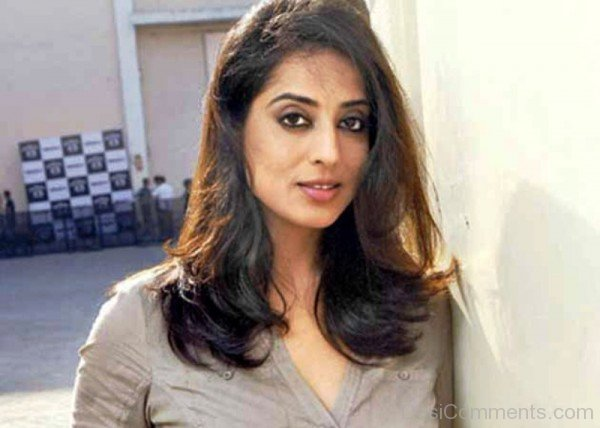 Mahi Gill Simple Looks