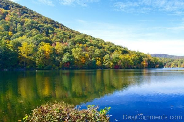 Lakeside Fall Mountins Hillside Water Blue Sky