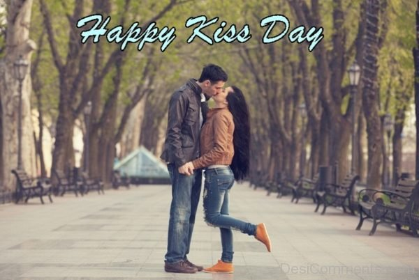 Picture Of Happy kiss Day