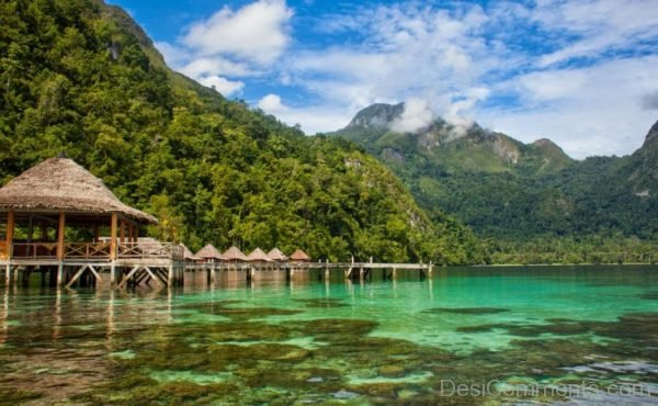 The stunning Ora Beach on the stunning Maluku Islands