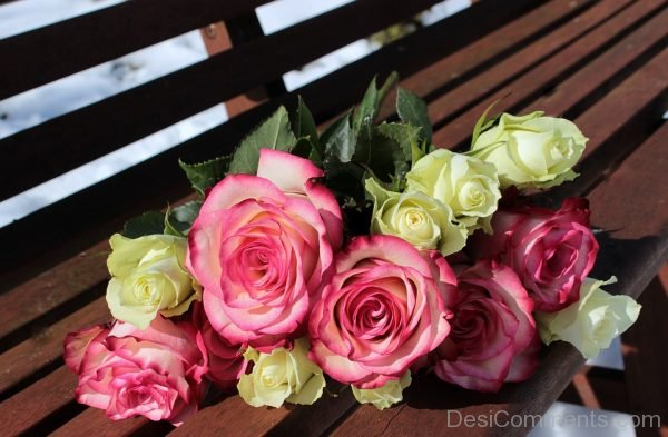 Picture: Pink White Rose Bouquet