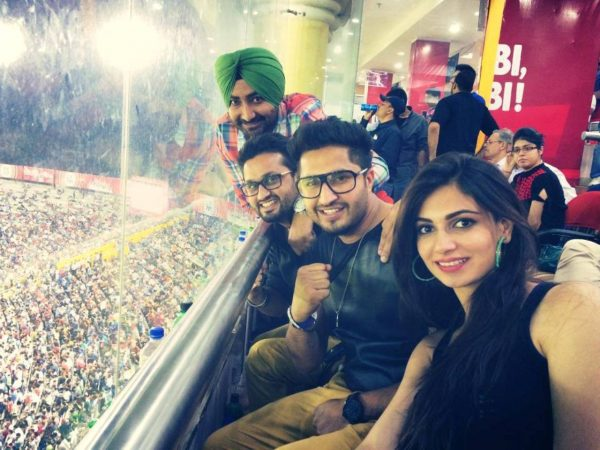 Image Of Jassi Gill With Other Actors