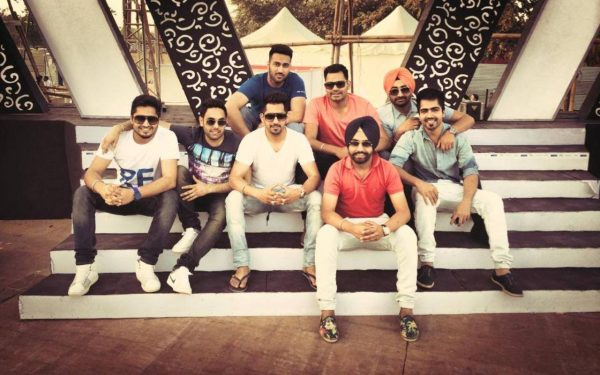 Image Of Jassi With Other Singers