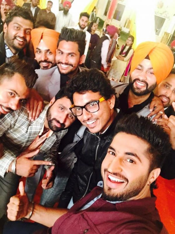 Jassi Gill With His Bhangra Team
