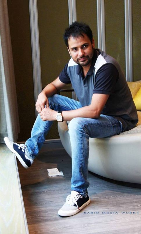 Picture Of Amrinder Gill Looking Good
