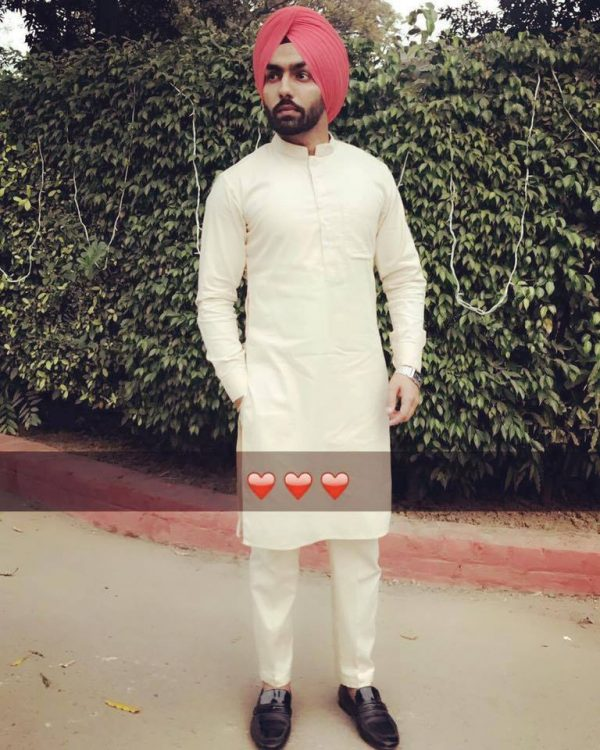 Pic Of Ammy Virk Looking Lovely