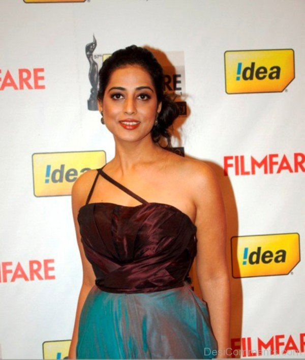 55-Mahie Gill Looking Gorgeous