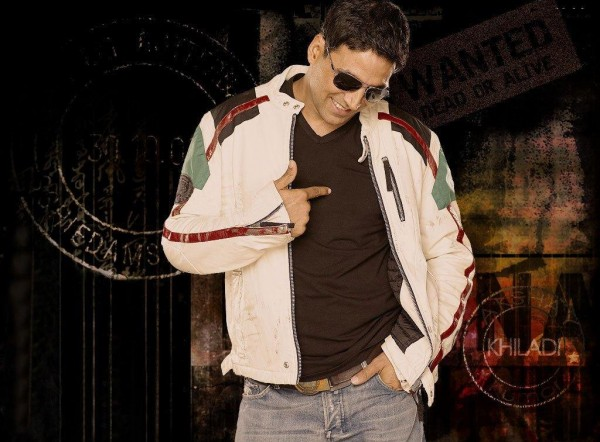 Akshay Kumar Giving A excellent Pose