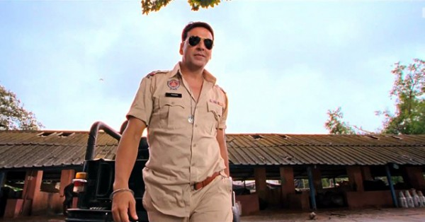 Akshay Kumar In Inspector dress