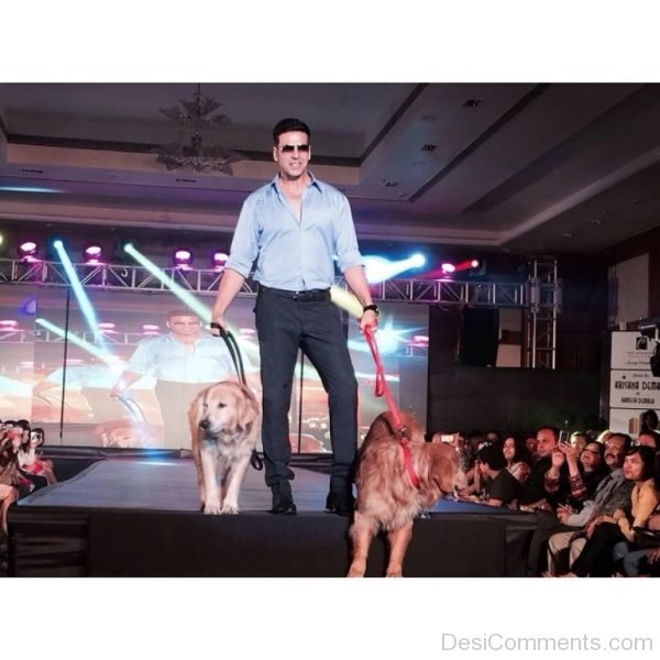Akshay Kumar With Two Dogs-DC88