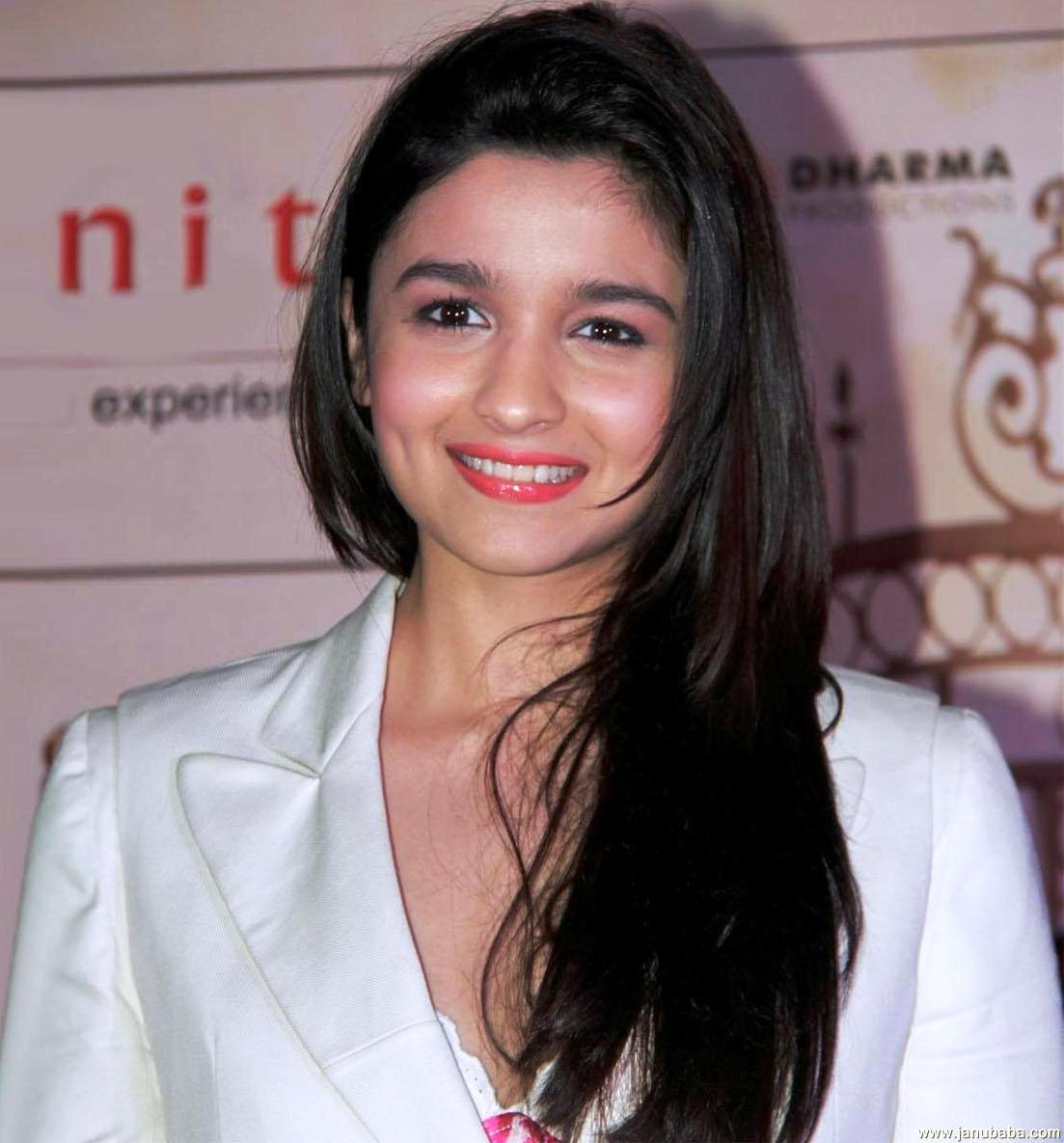 alia bhatt beautiful indian actress - desicomments