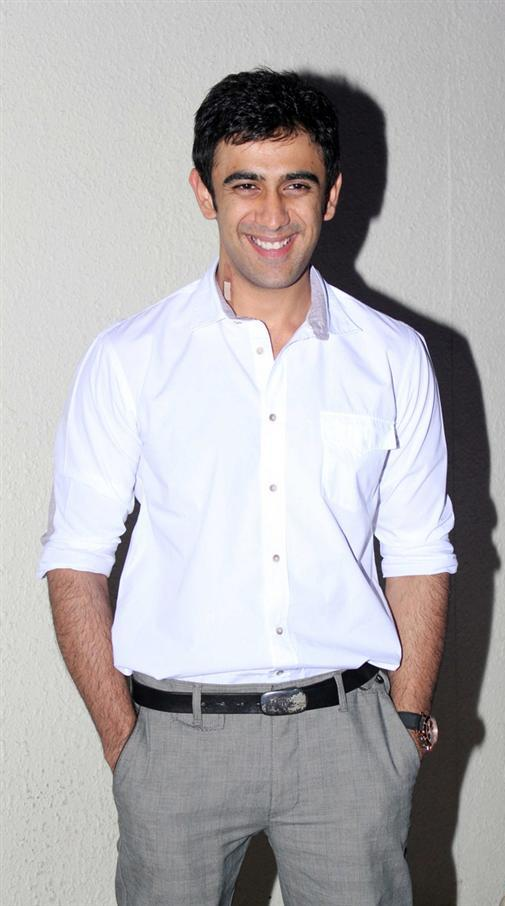Amit Sadh In Formal Dress Desicomments