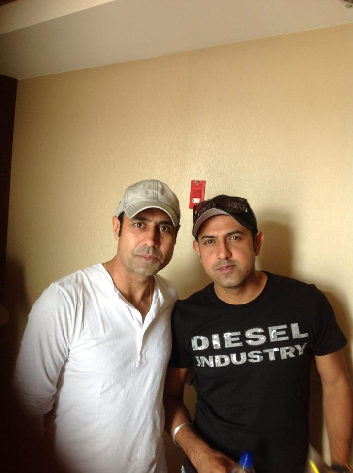 Binnu Dhillon And Gipp...