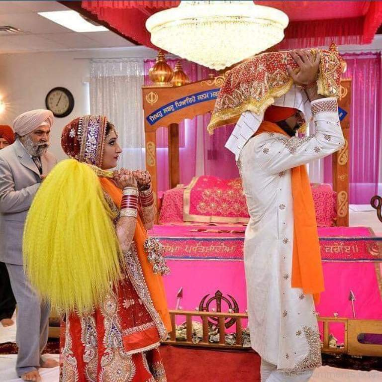 Shri Guru Granth Sahib: Couple With Guru Granth Sahib Ji