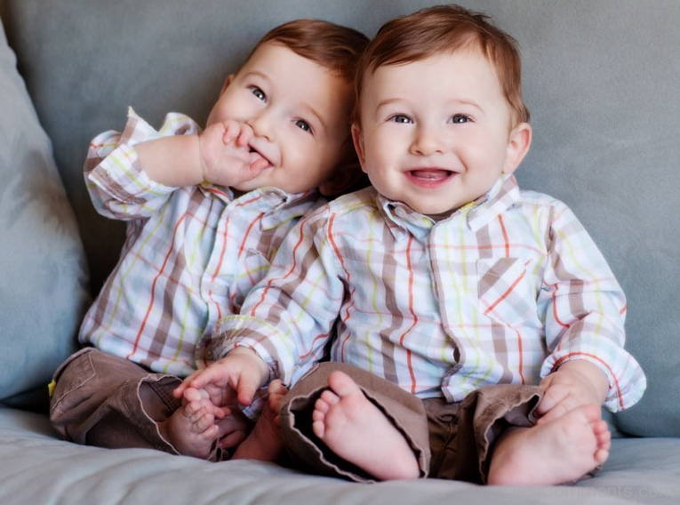 Http Www Desicomments Com Babies Cute Twin Babies