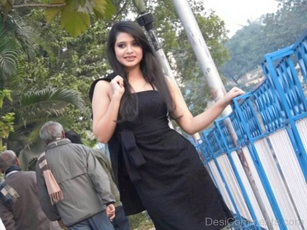 Ena Wearing Black Outfit-DC152