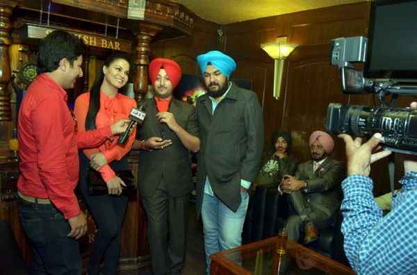 Inderjit Nikku Addressing To A Press Conference